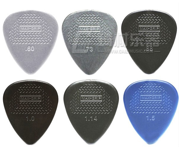 Стандартный медиатор для гитары Dunlop Nylon Max Grip Plectrum 0,6 мм-1,5 мм, 1 шт.