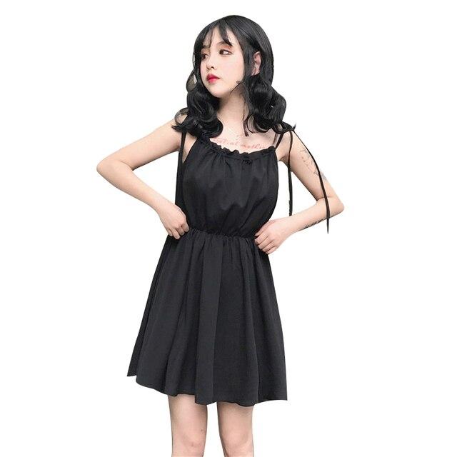 Petite robe noire en mousseline