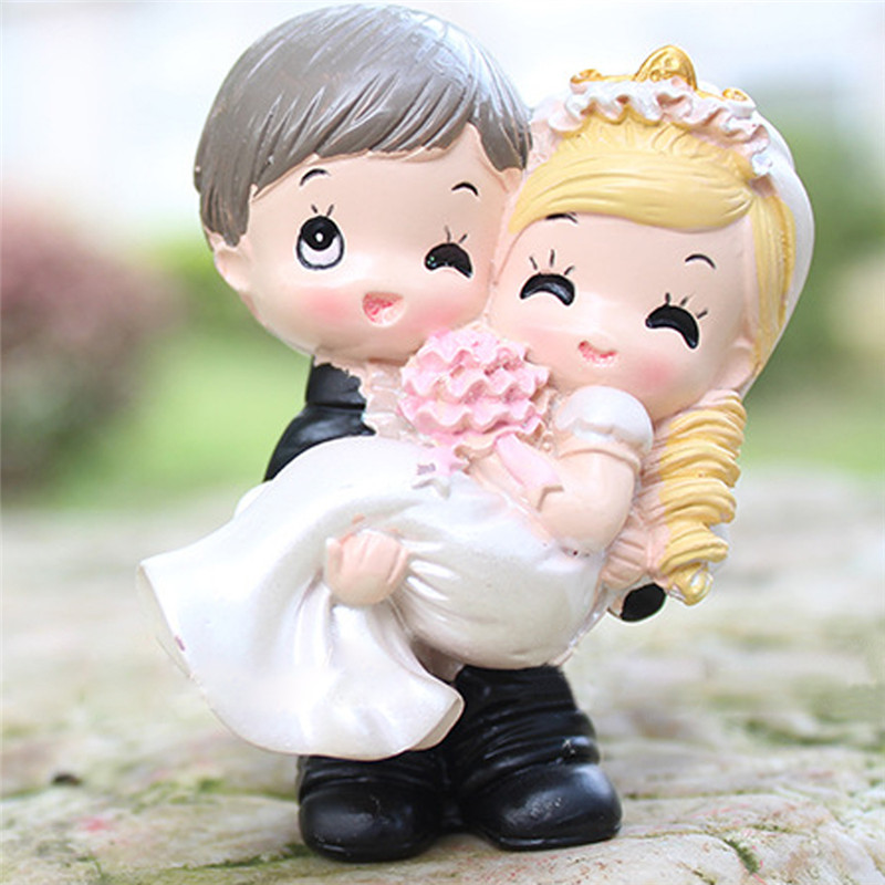 loving couple resin craft toy doll ornament wedding doll for gift and decorationchina