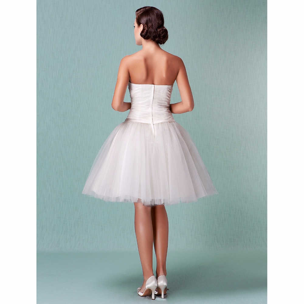 LAN TING BRIDE Ball Gown Wedding Dress Sweetheart Knee Length Tulle Bridal Gown with Sash / Ribbon Criss-Cross Flower