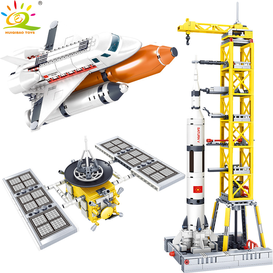 HUIQIBAO Space Station Saturn V Rocket Building Blocks For Children Legoingly City Shuttle Satellite Astronaut Figure Bricks Toy