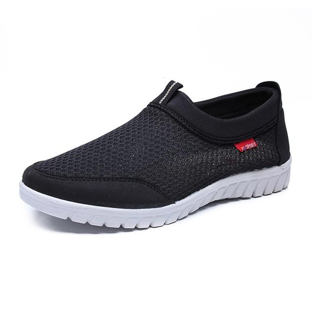 zapatos casuales marca Merkmak hombres zapatos hombres zapatillas planos malla deslizamiento en mocasines transpirables tamaño grande 38 ~ 50 calzado para hombre