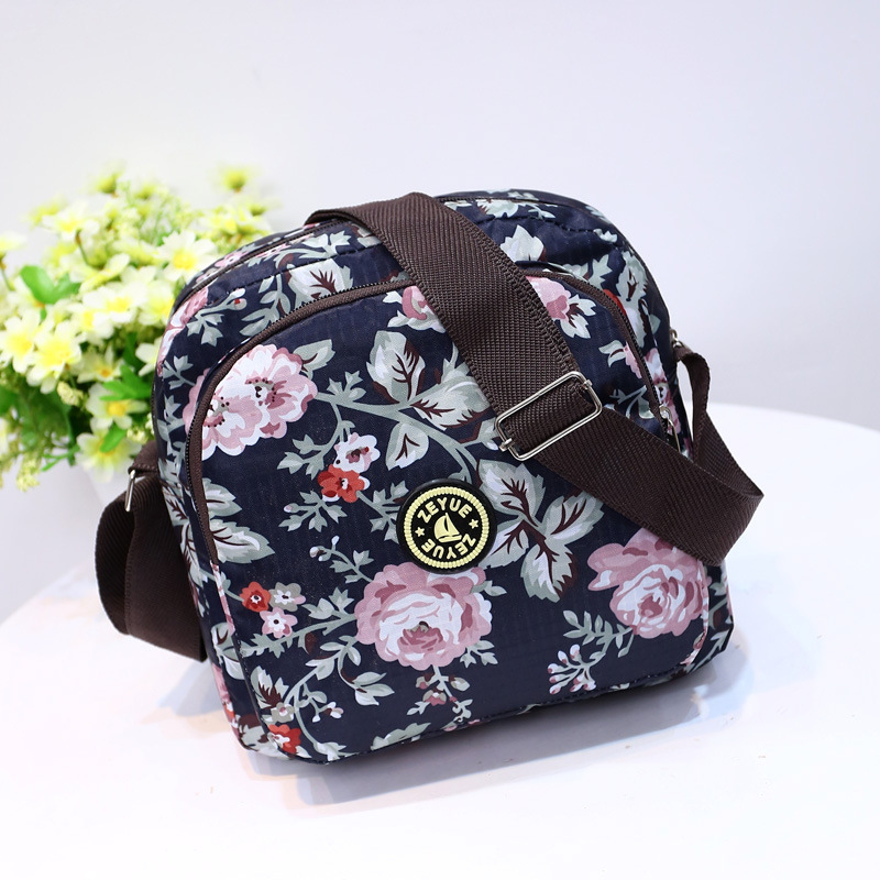 Portable Small Baby Diaper Maternity Bags Waterproof Mommy Mommy Mom Bag For Key Phone Baby Care Mini Stroller Bag, 12 Colors