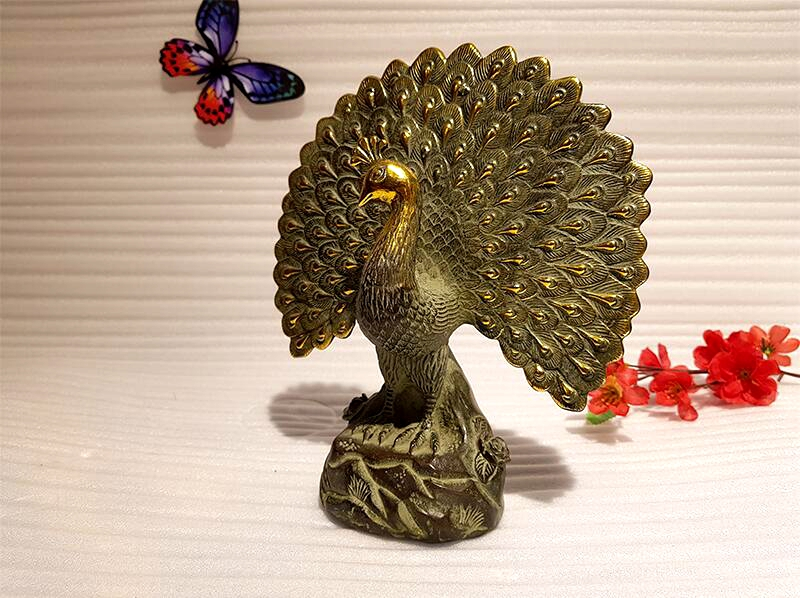 Chinese antique bronze peacock art collection copper peacock Feng Shui lucky copper animal indoor home decoration (2) -
