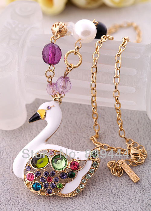 Fashion Elegant New Jewelry Crystal Colorful Swan Necklace