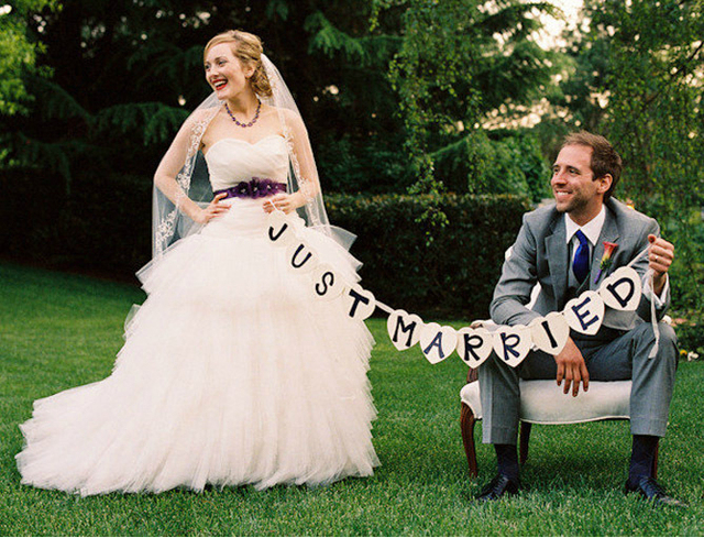 JUST MARRIED Photo Booth Prop Wedding Banner Party Decoration Bunting Garland Handmade 279G