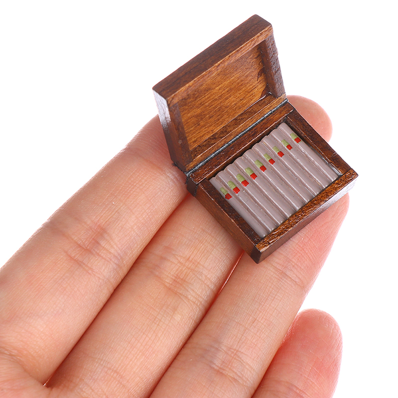 Wooden Cigar Cigarette Box Miniature Tobacco Humidor 1:12 Dollhouse Accessories