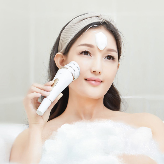3-in-1 Electric Sonic Vibration Ionic Facial Cleansing System Medical Grade Waterproof Beauty Tool3-in-1 Electric Sonic Vibration Ionic Facial Cleansing System Medical Grade Waterproof Beauty Tool