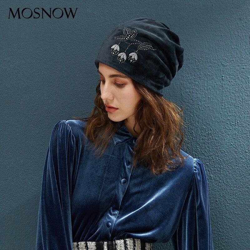 Winter Warm Beanies For Women Velvet Hat Flower With Flashing Rhinestone Cap 2019 New Autumn Skullies Casual Knitted Beanie