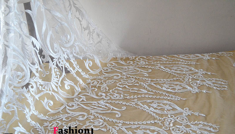 135cm*1yard French Lace Fabric for wedding dress African white lace embroidered applique DIY party dresses fabrics135cm*1yard French Lace Fabric for wedding dress African white lace embroidered applique DIY party dresses fabrics