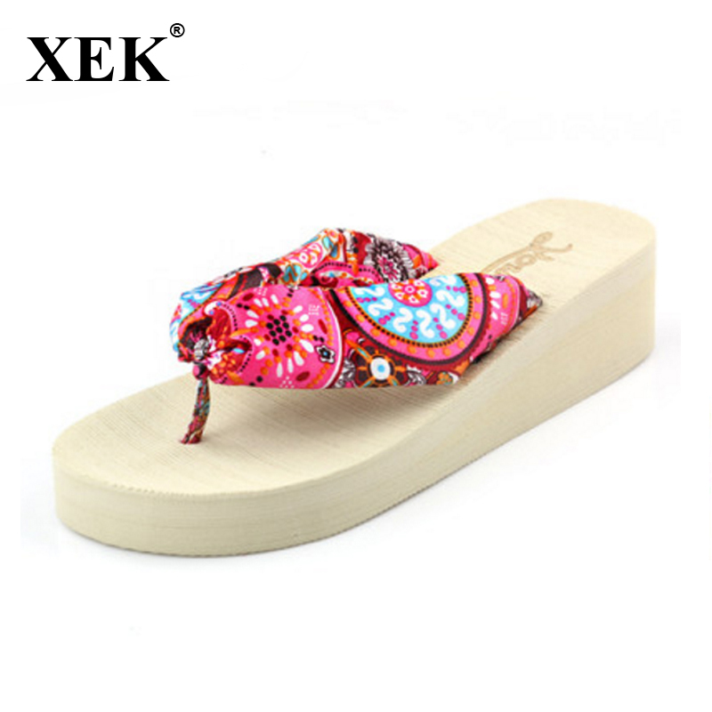 2017 Summer bohemia flower flip flops platform wedges women sandals platform flip slippers beach shoes summer models princess womens handmade beaded small wedges with zipper after flip flops