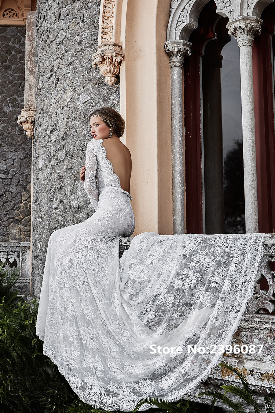 Elegant long sleeve lace mermaid bohemian wedding dresses for Lace sleeve backless wedding dress