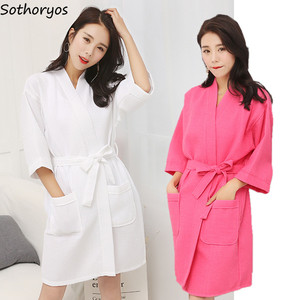 Image 1 - Roben Frauen Baumwolle Casual Bademantel Gürtel Elegante Badezimmer Spa Robe Solide Kimono Tägliche Damen Nachtwäsche Atmungs Dressing Kleid