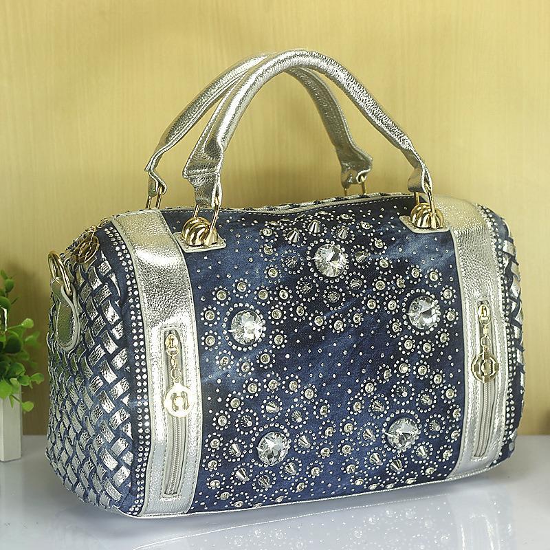 Denim Cloth stripes Knitting women handbag Diamond Style Wholesale Huarong Boston Cylindrical shoulder bag A2189 недорго, оригинальная цена