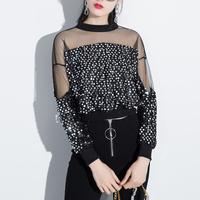 2017 Summer Summer Fashion New Black Gold Patchwork Sequins T Shirt Sexy Perspective Mesh Tops