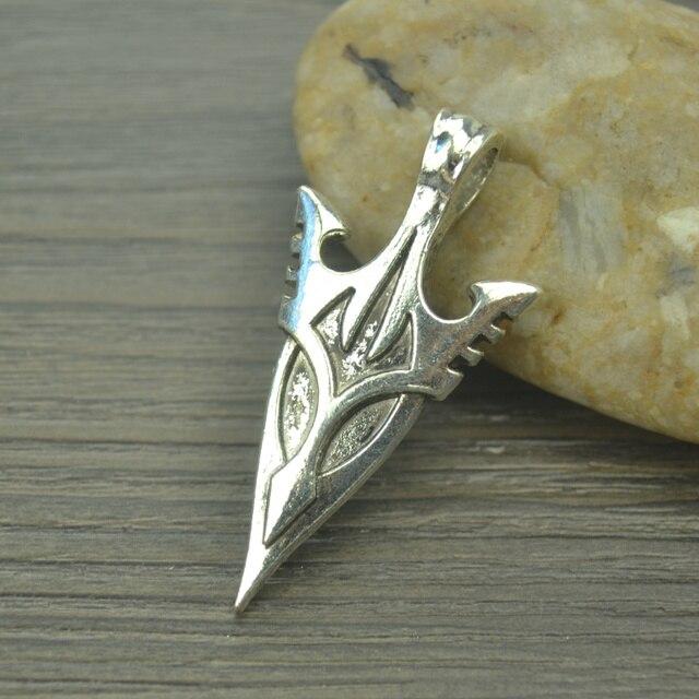 Großhandel 12 Stücke Metall Tibet Silber Charme Schwert Anhänger
