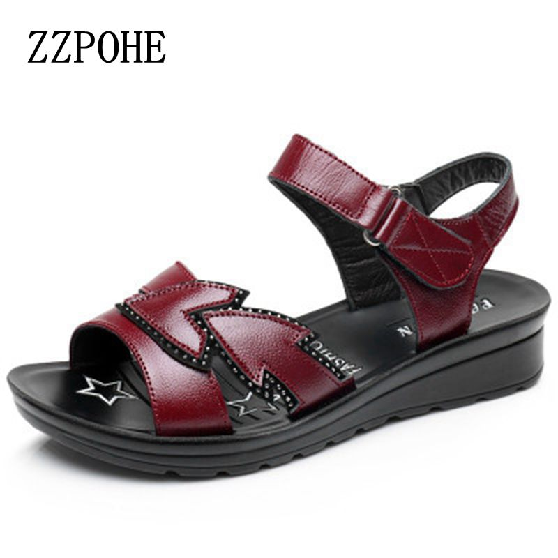 ZZPOHE 2017 Summer new mother sandals Leather non-slip casual middle-aged soft Women sandals grandmother flat Plus Size sandals aiyuqi 2018 new genuine leather women sandals summer flat middle aged mother sandals plus size 41 42 43 casual shoes female
