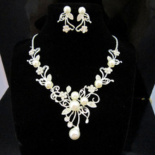 Sparkly Silver Flower Wedding Jewellery Jewlery Sets Rhinestone Crystal Necklace and earrings