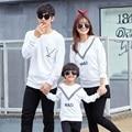 Autumn Crewneck Sweatshirt V Ribbon Family Matching Clothing Mother Daughter T-Shirts Family Set Women Boy Girl Kid T-Shirt HP01