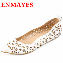 ENMAYES New Women Fashion Cut-outs Spring and Autumn Flats Shoes Woman 3 Colors Sweet Pink Shoes Slip-on Casual Flats Shoes