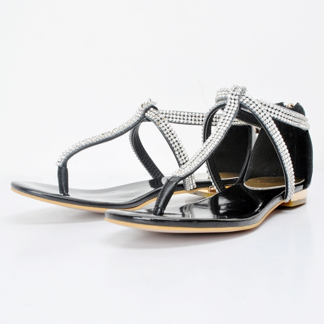 2017 New Plus Big Size 34-47 Black Buckle Crystal Fashion Sexy Girl Summer Females Lady Women T-Strap Flats Sandals L910