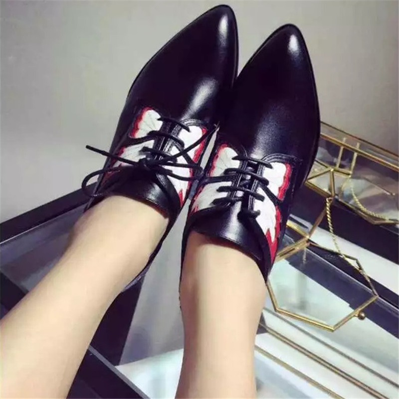 2017 Pointed Toe Women Butterfly Shoes Flats Genuine Leather New Loafers Lace Up Brand Designer Fashion Flats Luxury designer 2017 new women shoes genuine leather casual shoes flats breathable lace up soft fashion brand shoes comfortable round toe white