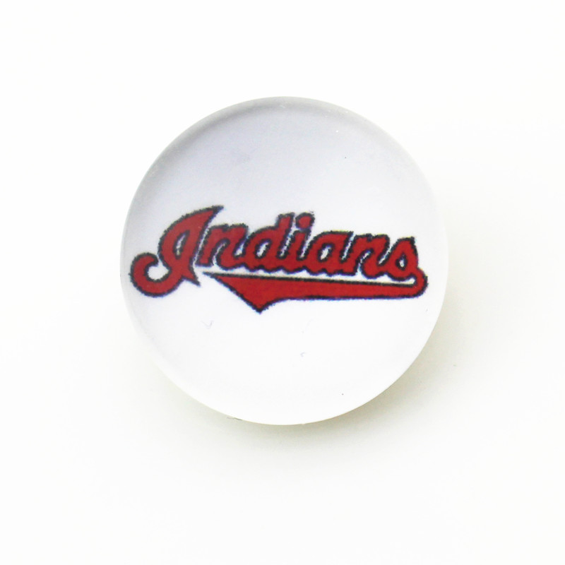 Hot selling 10pcs/lot cleveland Indians 18mm Glass Snap Buttons Baseball Team Sports Charms Fit Snap Jewelry Bracelets&Bangles