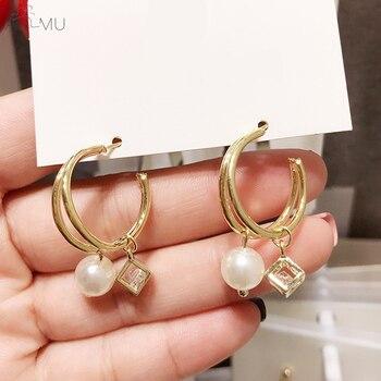 06cf23d990fe AOMU 2019 nuevo doble círculo de Metal de cristal cuadrado hueco colgante  de perlas pendientes para mujeres chica fiesta regalo de Año Nuevo