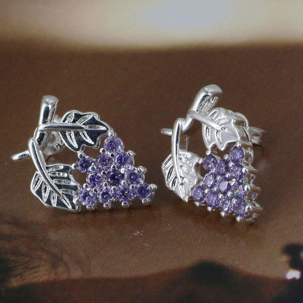E040Silver plated Earring fashion jewelry earrings The insets grapes small ears /jnqa seza