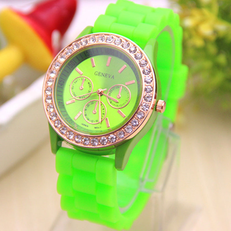 Hot Relogio Feminino Fashion Women Watch Analog Quartz Wrist Watch Jelly Golden Crystal Silicone Watch Women's Clock Gifts 2017 2017 luxury brand fashion personality quartz waterproof silicone band for men and women wrist watch hot clock relogio feminino