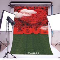Photography Backdrops Valentine's Day Fancy Blooming Red Rose Flowers Green Grass Field Background