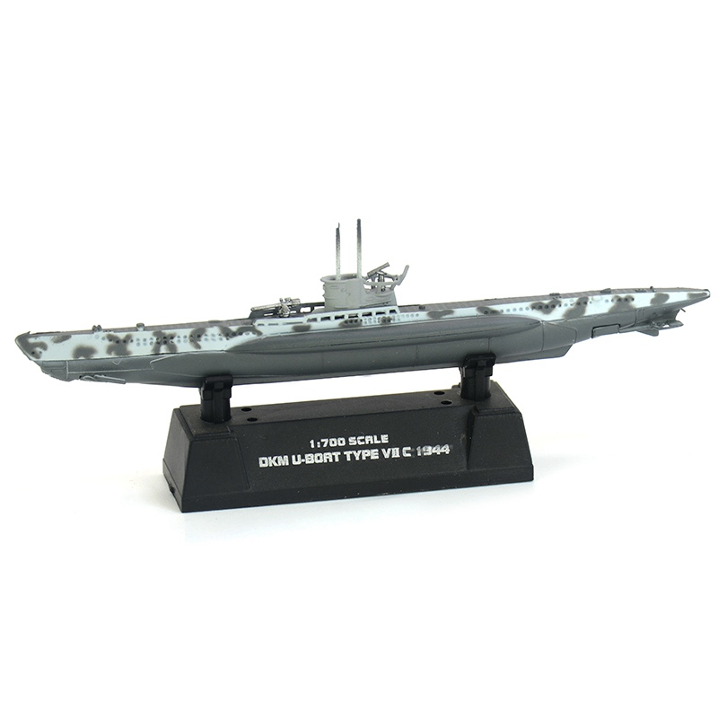 1:700 Scale Pre-built Type VII U-boat VIIC German World War II Submarine Hobby Collectible Finished Plastic Model