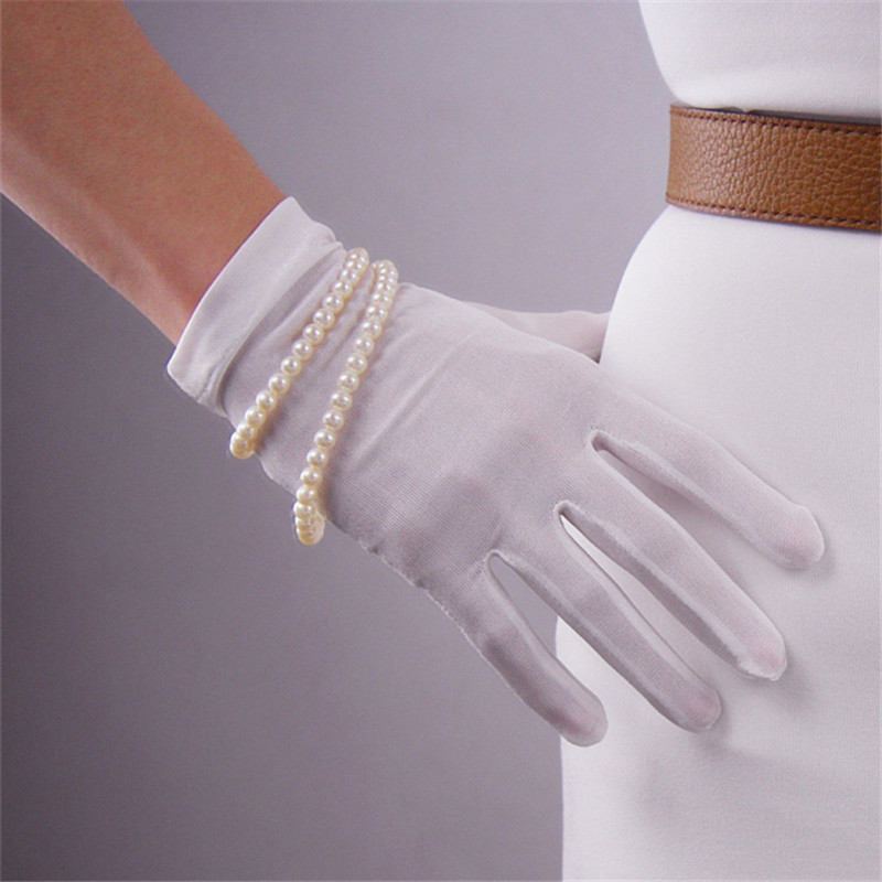 Image 2 - Natrual Silk Elastic Real Silkworm Silk Gloves Sunscreen Beauty Short Style Woman White Touchscreen Female Gloves TB66-in Women's Gloves from Apparel Accessories