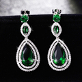 Clássico Gota de Água Forma Brincos Pendurados Com Verde AAA + Cubic Zirconia Brincos De Cristal De Noiva Para Mulheres