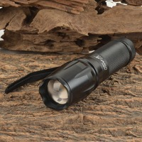 UltraFire W 878 900lm 5 Mode White Zooming Flashlight W CREE XM L T6 Black 1