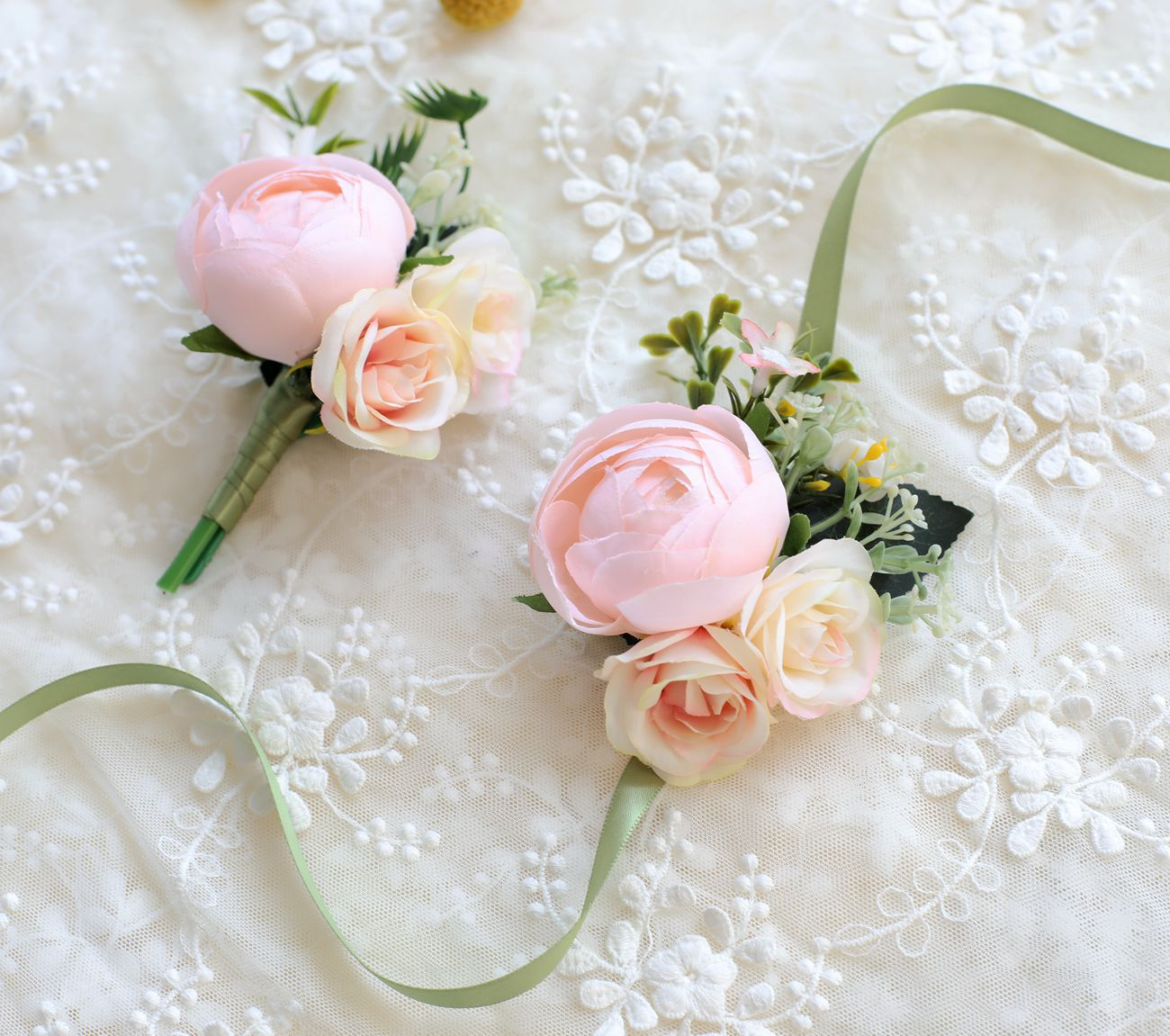 Flower Bride Boutonniere Wedding Bouquet Flowers Bridesmaids Accessories Corsage Bridal Bouquets Pearl Corsages Pink Hand Flower