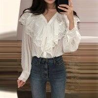 Vogue V Neck Ruffles Women White Shirts 2018 Autumn New Korean Style Blouses Female Fashion Long Sleeve Shirt Ladies Casual Top