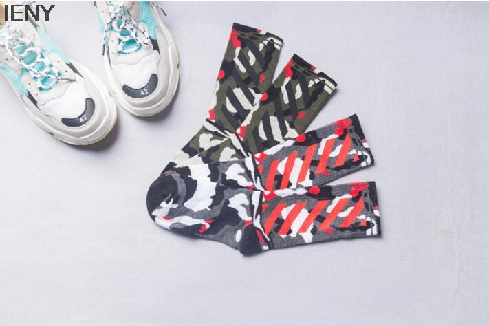 Herrensocken Ieny Neue Baumwolle Flut Socken Camouflage Socken Medium Hohe Rohr Atmungsaktive Socken Glücklich Socken Und Verdauung Hilft