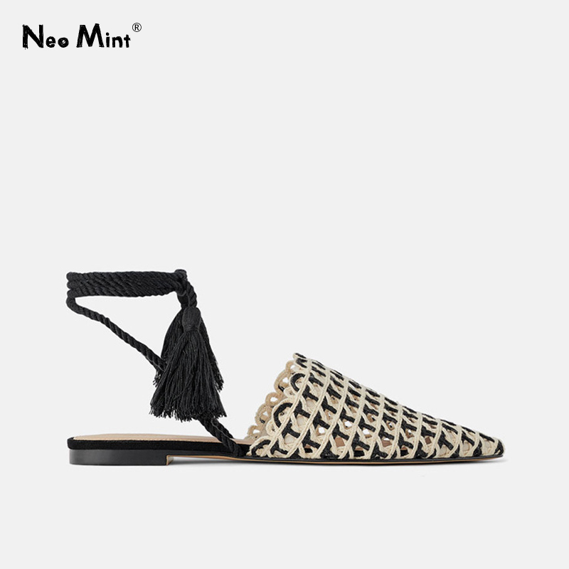 2019 Summer Chic Knitted Flat Mules Pointed Toe Lace up Women Sandals Ankle Strap Tassels Flats Beach Half Slides Shoes Woman