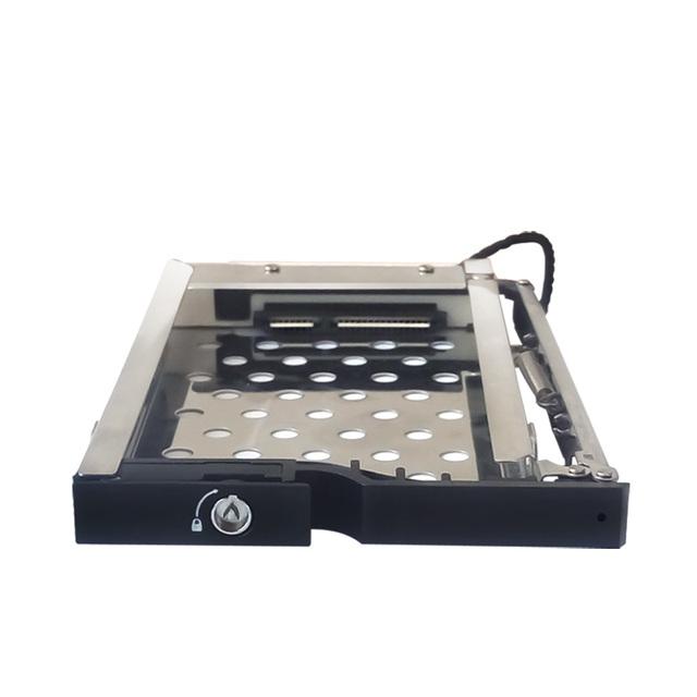 Único 2.5in Discos Rígidos para 3.5In menos Hot Swap Bandeja Caixa De Alumínio Sata Mobile Rack