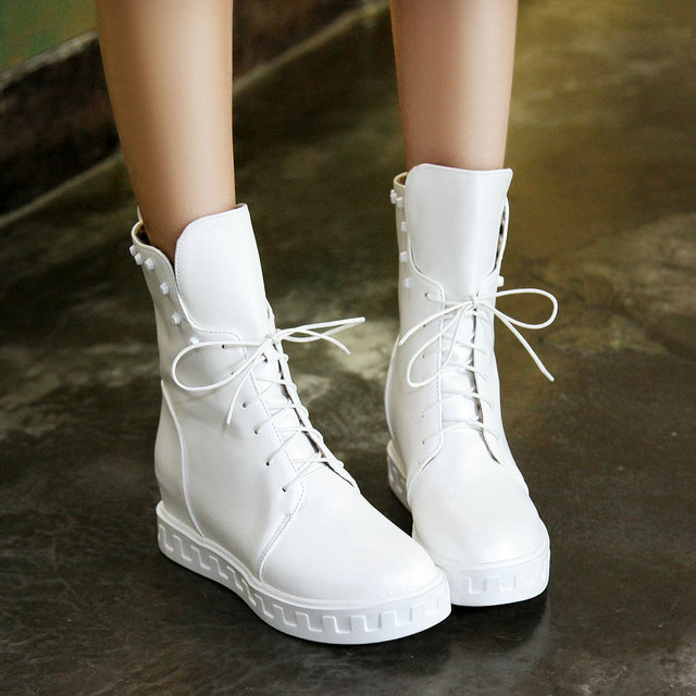 ФОТО 2015 New Arrival High quality woman Riding boots fashion elegant autumn shoes soft PU women Ankle boots Lace-Up Rivets size 43