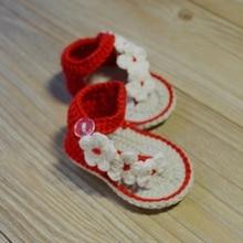 ea521153e Qyflyxue-mano Zapatos de bebé rosa flor niña niño del ganchillo Zapatos  recién nacido crochet sandalias del bebé fotografía prop.
