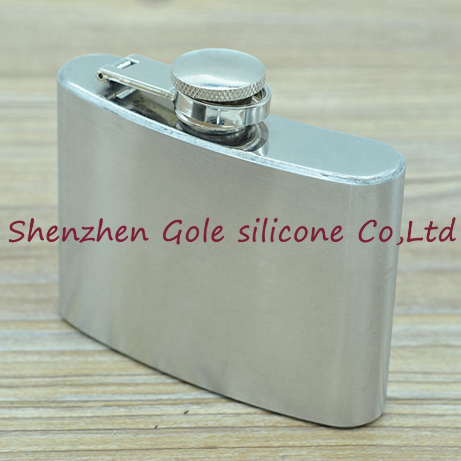 100pcs 4oz Stainless Steel Pocket Flask Russian Hip Flask Male Small Portable Mini Shot Bottles Whiskey Jug Small Gifts For Man