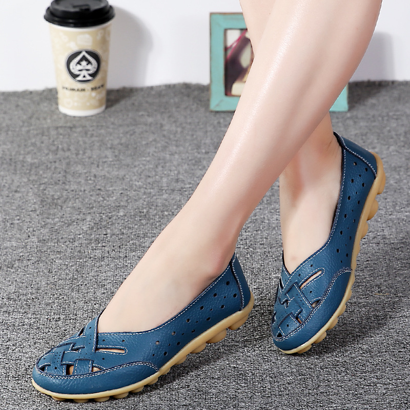 fashion Moccasins Women Flats Loafers New genuine Leather Shoes Mother Women Shoes 2017 Woman Casual Shoes solid soft footwear fashion woman casual shoes wild lace up loafers women flats comfortable footwear woman shoes breathable female shoes