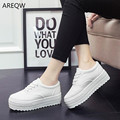 2016 canvas shoes women board shoes students thick bottom loose cake white shoes leisure low to help black shoes Korean tide