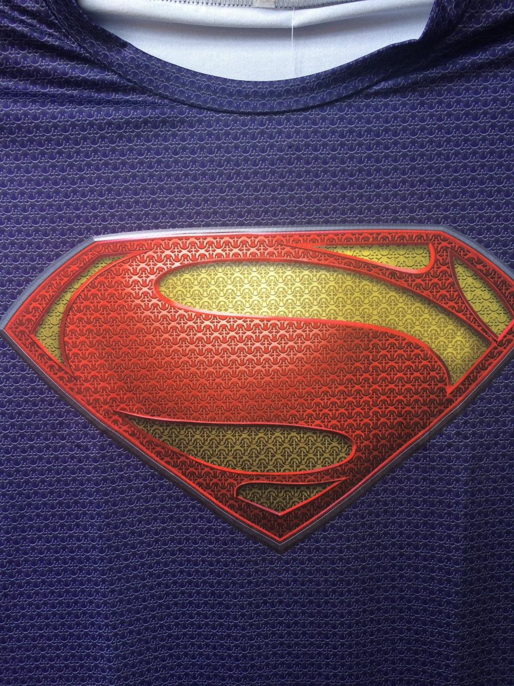 Liibuvad superkangelaste T-särgid