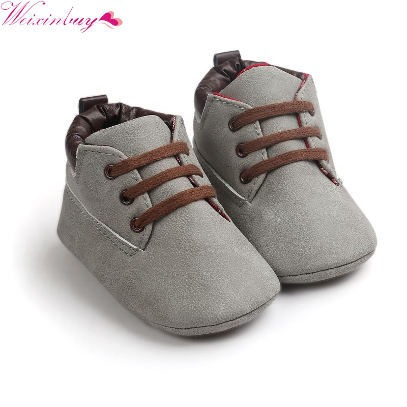 Babe Infant Toddler Soft Soled Boots 5 Färger Nyfödda Baby Kids Boys Classic Handsome First Walkers Skor M2