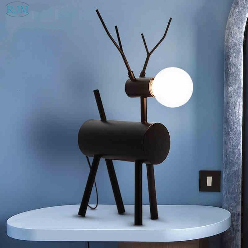Nordic Moderne Eenvoudige Zwarte Iron Art Herten Tafellamp Persoonlijkheid Creatieve Decoratieve Led Bureaulamp Slaapkamer Studie Nachtkastje Verlichting