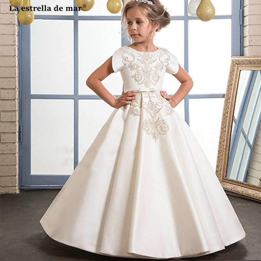 Communon dresses2018 new satin applique short sleeve a Line ivory   flower     girl     dresses   long plus size vestido daminha