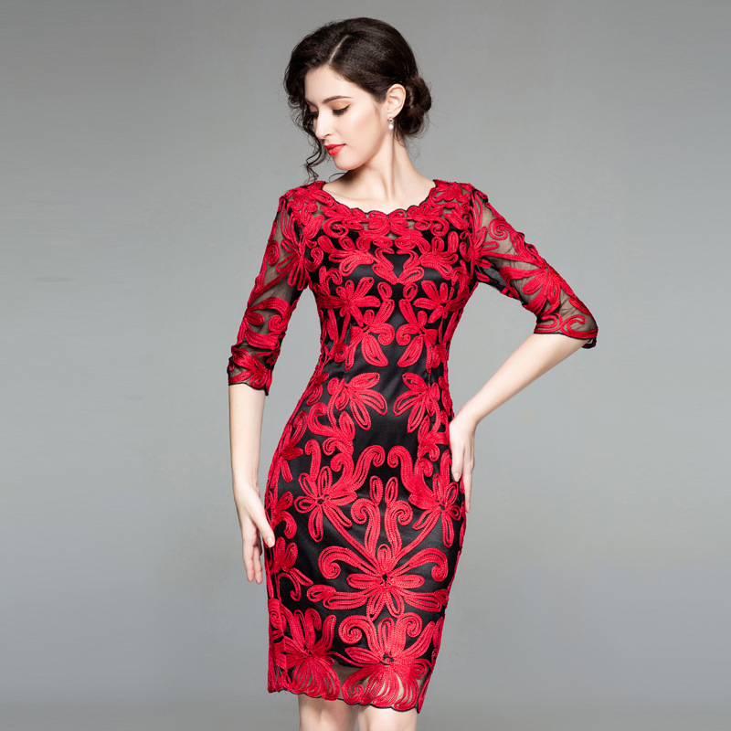 Robes Gaine De Rouge 2018 Moulante O Mesh Femmes Mode Robe Broderie cou Automne Sheer Cocktail Sexy B0028122 qXR5xRwOcT